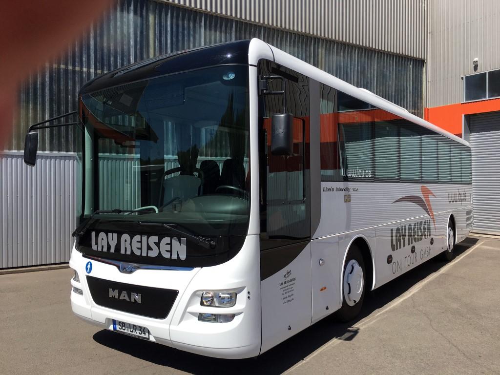 Ausflugsbus mit einfacher Ausstattung – MAN InterCity